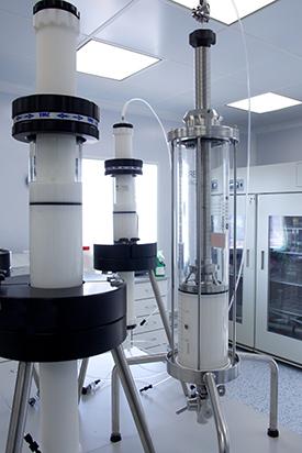 Chromatographic columns